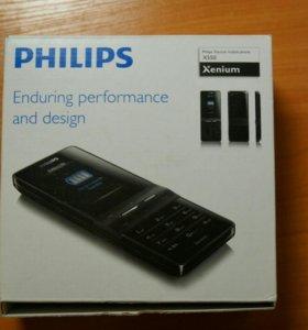 Телефон Philips Xenium X550