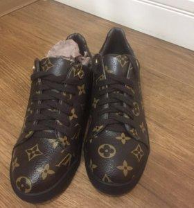 Ботинки новые!!