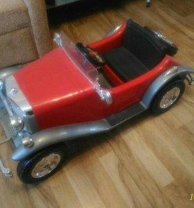 Детский электроавтомобиль