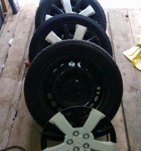 Зимние шины Goodyear Ice Navi Zea 205/55 R16
