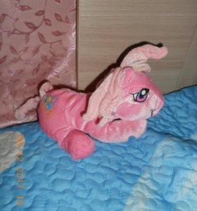 Мягкая игрушка пони.