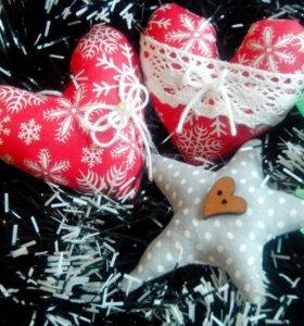 Новогодние игрушки из ткани