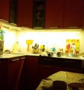 Монтаж подсветки рабочей зоны кухни