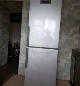 Продам холодильник Lg в хорошем состоянии