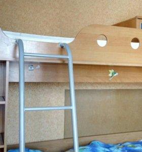 Двухярусная кровать для детской
