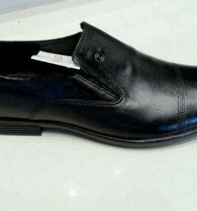 Новые мужские туфли 44 размер