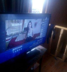 Телевизор огромный 42 дюйма