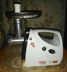 Электро мясорубка ARESA 2101
