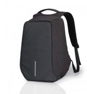 Рюкзак XD Design Bobby Compact Black-Dark Blue