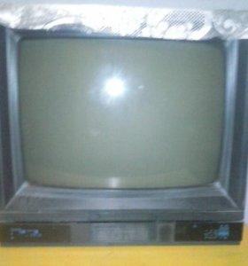 Телевизор и приставка на 20 каналов