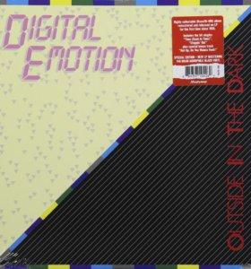 Digital Emotion – Outside In The Dark