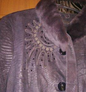 Замшевое пальто (демисезонное)дубленка