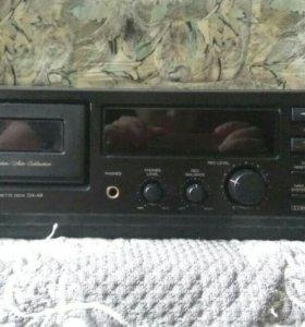 Дека кассетная AKAI DX-49