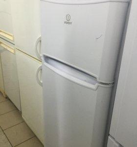 Холодильник Индезит бу