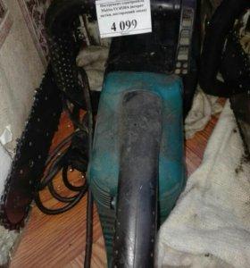Электропила Makita US4530A
