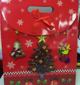 Пакеты подарочные новогодние