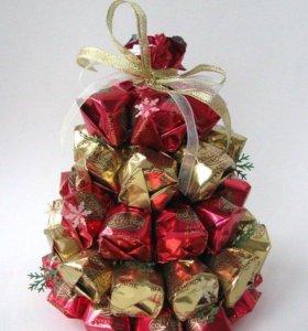 Букеты из конфет,елочки,сладкие сувениры на заказ