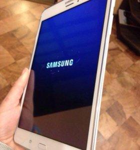"""Планшет Samsung galaxy Tab a 8"""""""