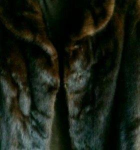 Норковая шуба 44-46 цельная