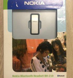 Bluetooth-гарнитура Nokia BH-210