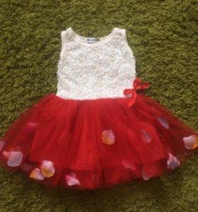 Платье на девочку2-2.5 годика