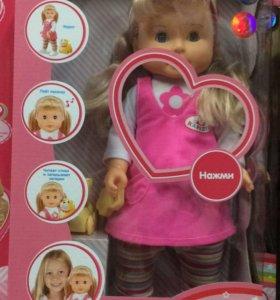 Кукла интерактивная умеет ходить