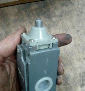 Выключатель концевой 15К-21А221-54У2.8