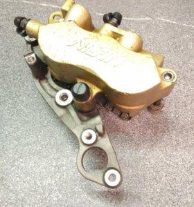 Тормозной суппорт Honda Silver Wing 45150-MCT-911