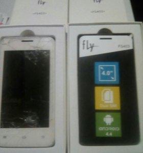 Два телефона fly