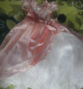Новогоднее платье.