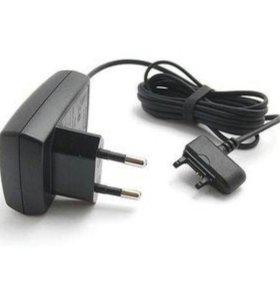 Зарядное устройство Sony Ericsson cst-15