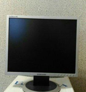 TFT Монитор Samsung,SyncMaster 740N.
