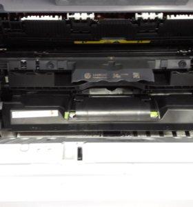 Принтер HP M106w