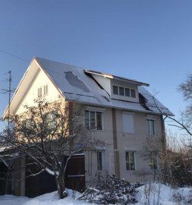 Коттедж, 300 м²
