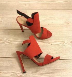 Босоножки красные Zara
