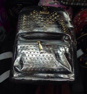 Рюкзак и сумочки