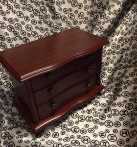 Шкатулка для украшений деревянная ( новая)
