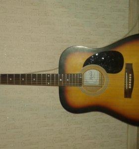 Акустическая гитара со встроенным датчиком