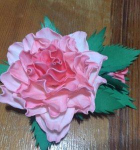 Брошь роза из фоамирана