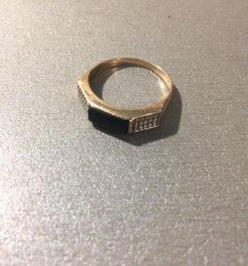 Кольцо золотое ( печатка )