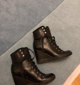 Ботинки оригинал!See by Chloe !
