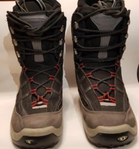Ботинки сноубордические. Размер 42-43.