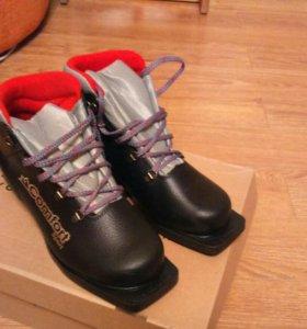 Мужские лыжные ботинки