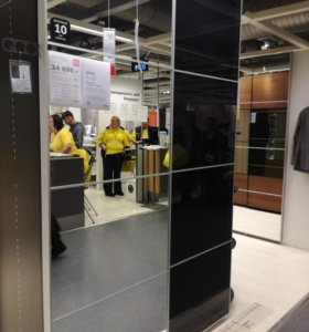 Навесные стеклянные двери к шкафу икея