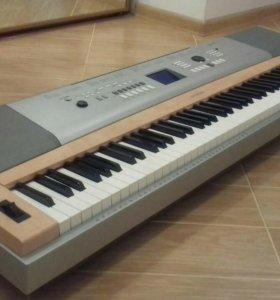 синтезатор YAMAHA DGX-620