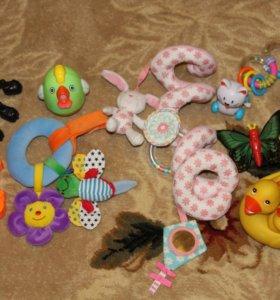 Пакет игрушек для малыша от 0 до 1 года