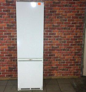 Холодильник ARISTON-OK-RF3300 VNFL