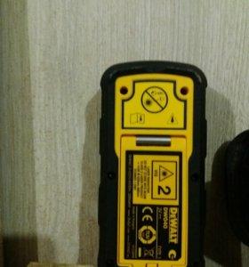 Лазерный измеритель DEWALT DW040