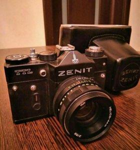 Фотоаппарат Зенит- ТТЛ, с объективом Гелиос-44м