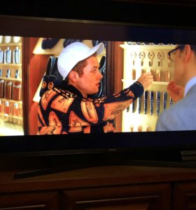 4K HDR Телевизор Samsung 40'' дюймов